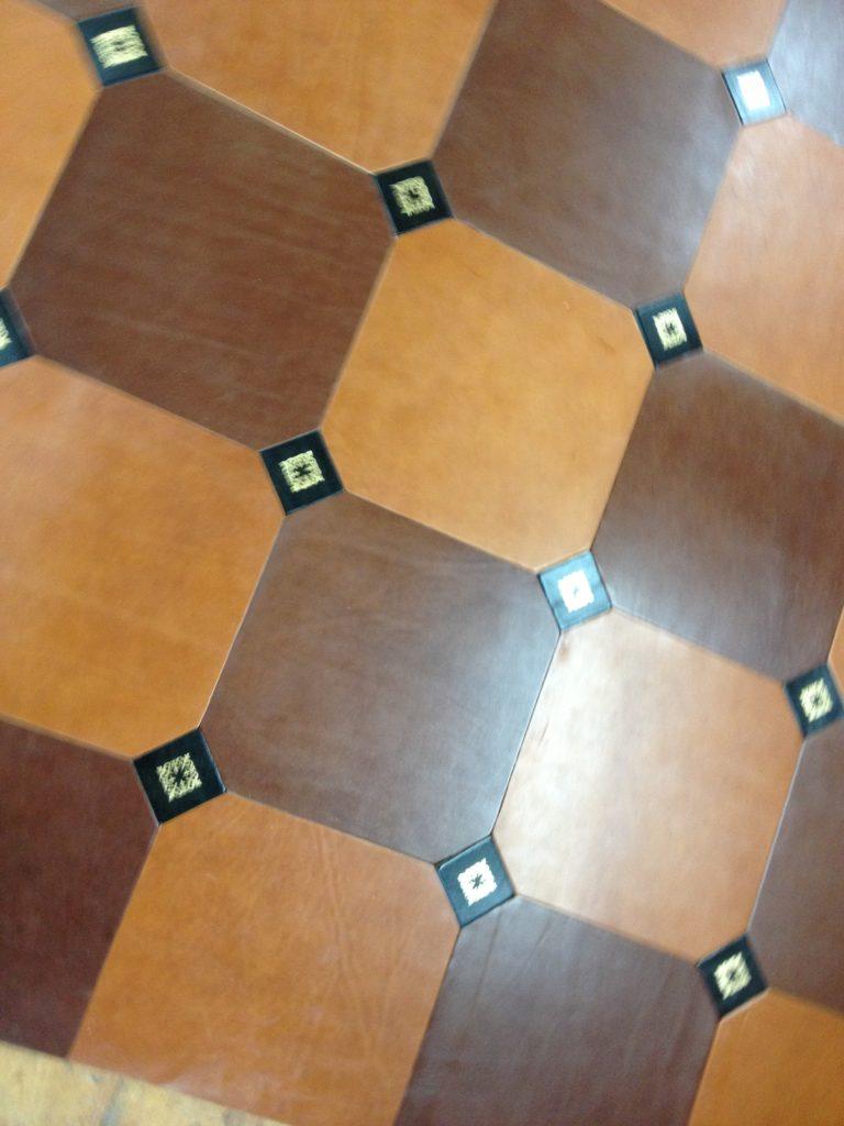 La Gainerie D'Art- dalles de sol en cuir (2)