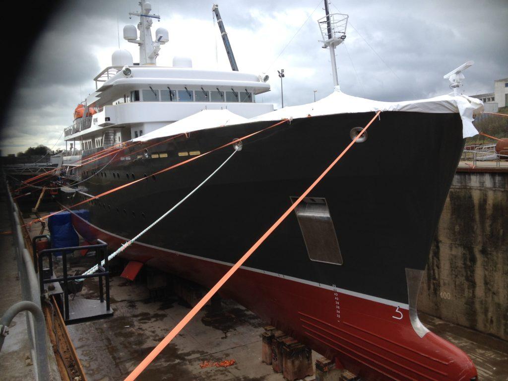 La Gainerie D'Art- panneaux en cuir du bateau le Yersin (9)
