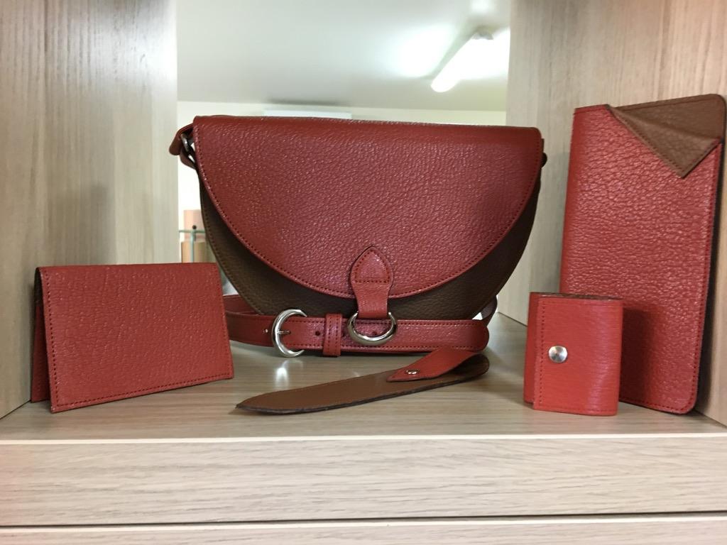 La Gainerie d'art -sac Tulipe PM avec accessoires (3)